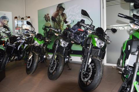 Motorfietsen van Kawasaki bij Interbike Lokeren